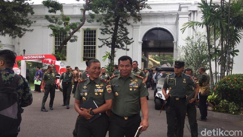 Jokowi Kumpulkan Pangdam Se-Indonesia di Istana, Bahas Apa?