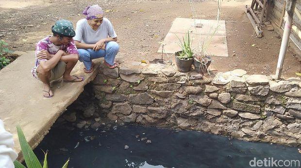 Pencemaran sungai dan selokan di Jepara.