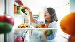 Jangan Simpan Roti hingga Madu dalam Kulkas, Ini Alasannya