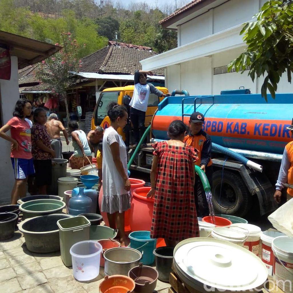 5 Desa di Lereng Gunung Wilis dan Kelud Masih Krisis Air Bersih