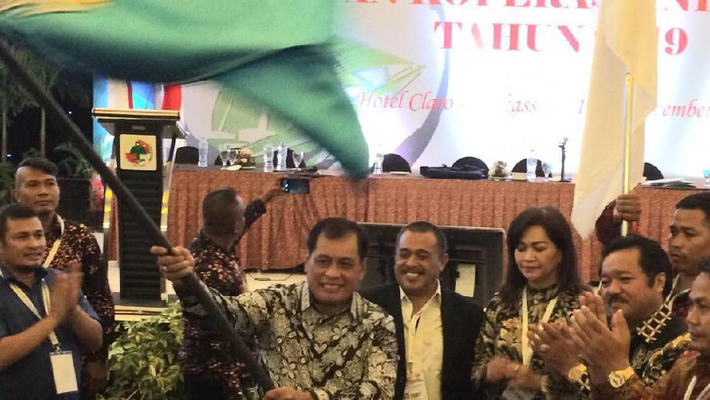 Nurdin Halid Keempat Kalinya Terpilih Jadi Ketua Dekopin