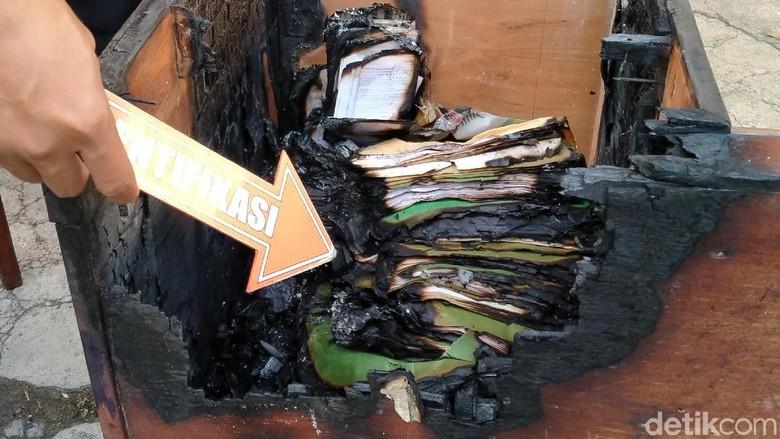 Ini Foto-foto Arsip Korpri Klaten yang Sengaja Dibakar