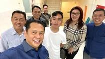Bamsoet Tengok Cucu Ketiga Jokowi di RS PKU Solo