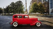 Keliling Kota New York Naik Mobil Antik, Serasa Selebriti