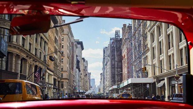 Keliling Kota New York Naik Mobil Ala Tahun 20-an