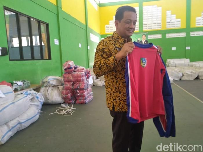Seragam olahraga gratis untuk SMP di Jombang/Foto: Enggran Eko Budianto