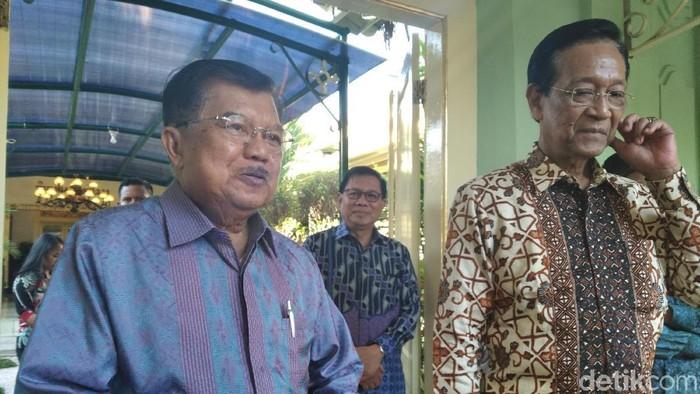 JK bersama Sri Sultan Hamengku Buwono X di Kepatihan DIY. Foto: Usman Hadi/detikcom