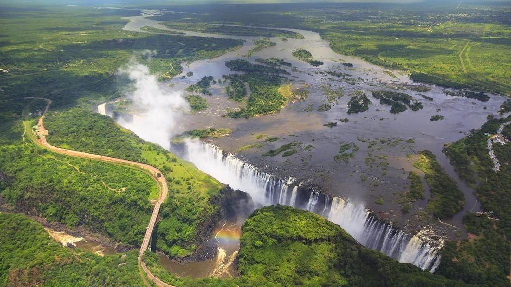 Foto: Ada Air Terjun Terbesar Dunia di Sungai Terpanjang Afrika