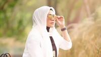 Heboh Sarita Abdul Mukti Tampil Tanpa Hijab