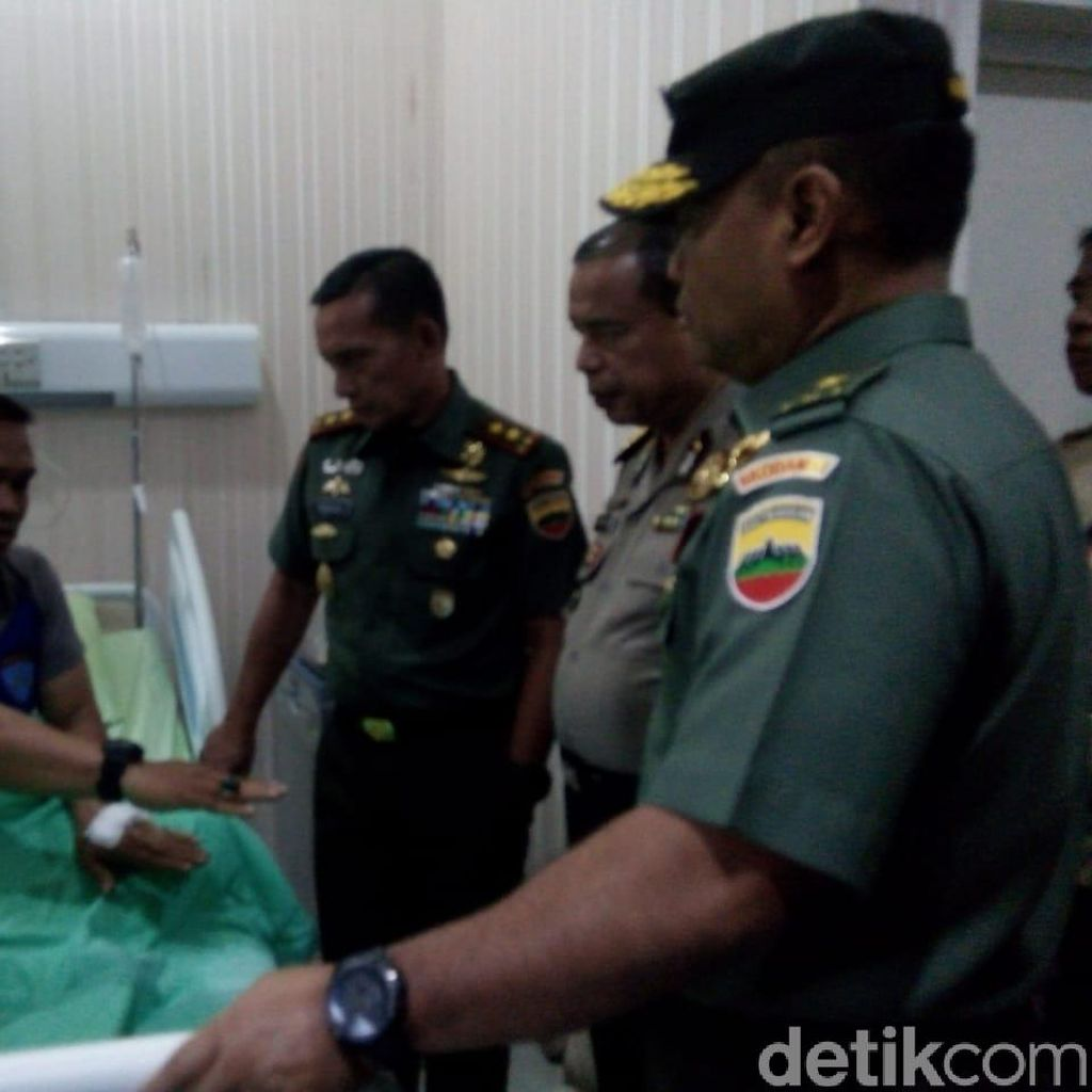 Pangdam Bukit Barisan Jenguk Korban Bom Bunuh diri Polrestabes Medan