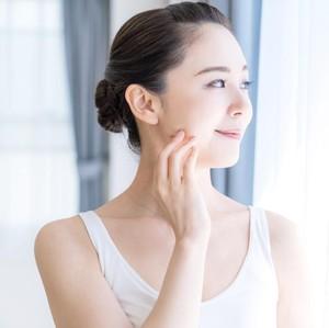 Cara Menghilangkan Bintik Hitam di Wajah Menggunakan Bahan Alami