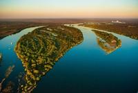 Inilah Zambesi, sebuah sungai Afrika yang memiliki panjang 2.700 km. Saking panjang sungai ini mengalir melewati enam negara, mulai dari Zambia dan berakhir di Samudera Hindia. (iStock)