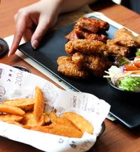 5 Chicken Wings Paling Enak di Jakarta untuk Makan Siang