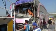 Bus yang Tabrak Truk Hingga Tewaskan 4 Orang Melaju di Atas 100 Km/Jam