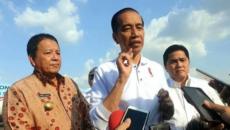 Jokowi Serahkan Nama Cucu Ketiganya ke Gibran