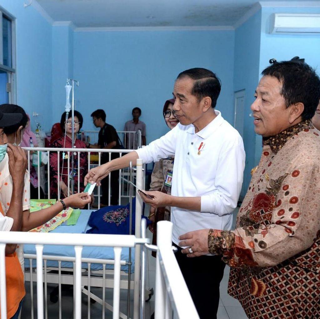 Momen Jokowi Sidak RSUD Abdul Moeloek Cek Layanan BPJS