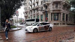 Mobil Mewah Jadi Taksi dan Serunya Naik Kereta di Eropa