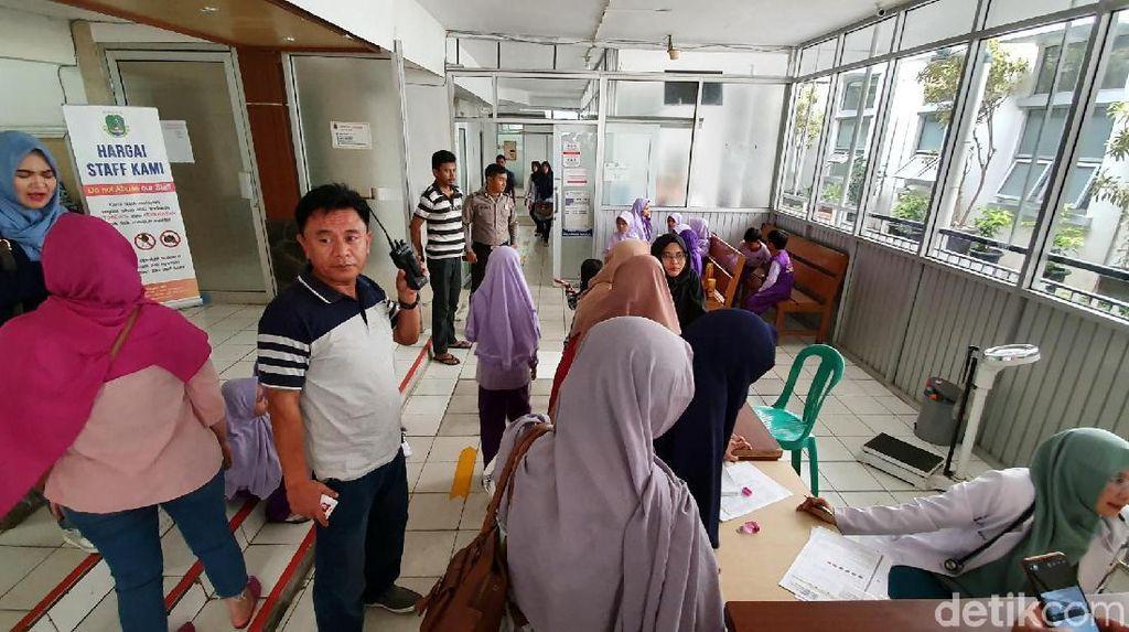 Belasan Bocah SD di Sukabumi Diduga Keracunan Permen