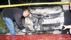 Tak Terima Cinta Ditolak, Mobil Ortu Gadis Gebetan Dibakar