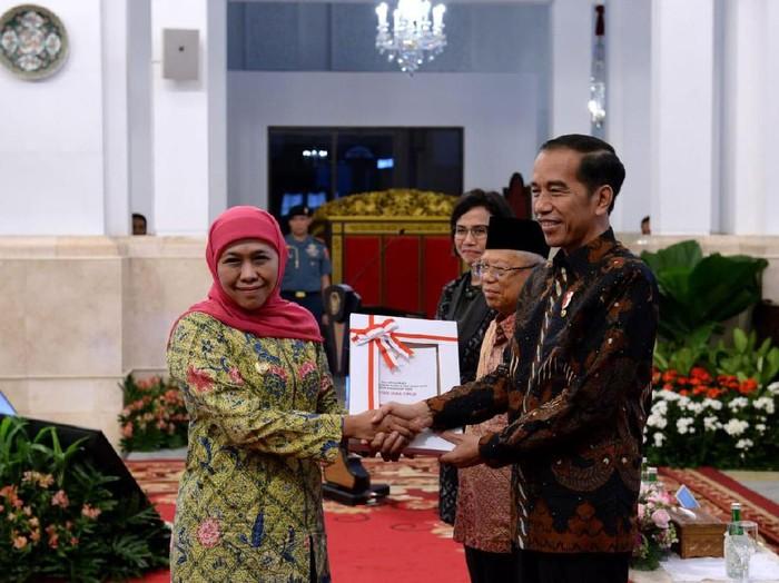 Gubernur Khofifah dan Presiden Joko Widodo/Foto: Istimewa