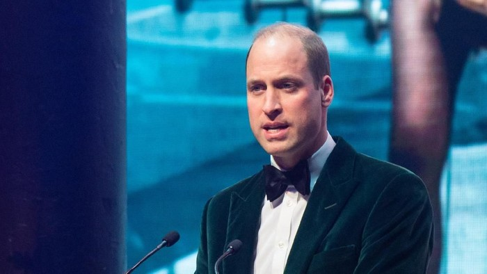 LONDON, ENGLAND - NOVEMBER 13: Prince William, Duke of Cambridge and Patron of Centrepoint, delivers a speech at a gala to mark the charitys 50 years of tackling youth homelessness, at The Roundhouse on November 13, 2019 in London, England. Duran Duran, Rita Ora and Hussain Manawer all performed at the gala. (Photo by Dominic Lipinski - Pool/Getty Images)
