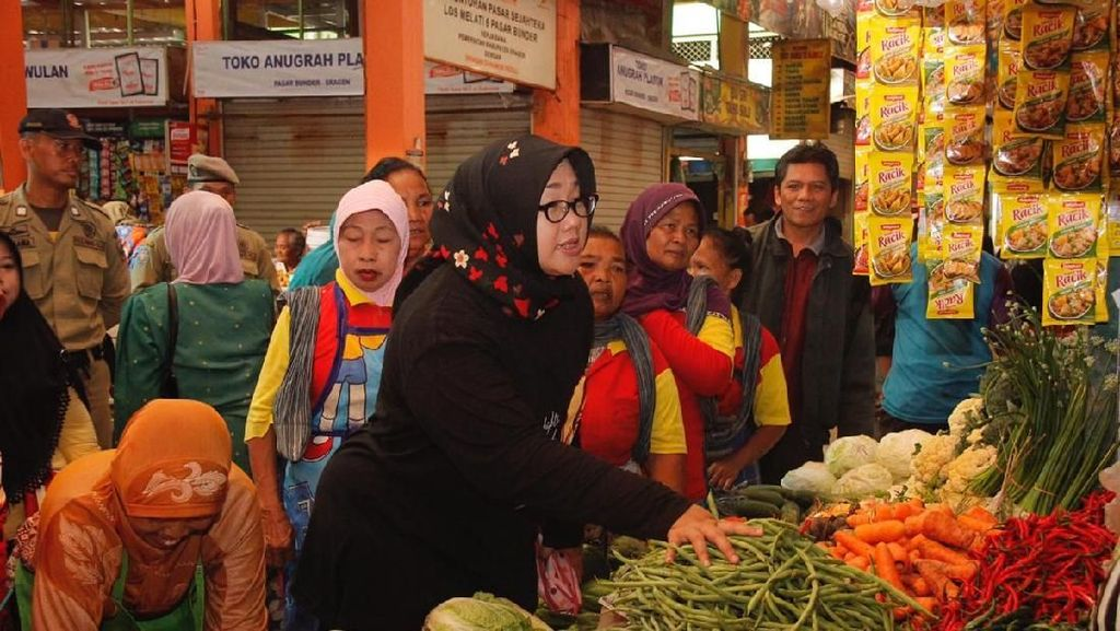 Omzet Pedagang Turun, Bupati Sragen Minta PNS Belanja di Pasar