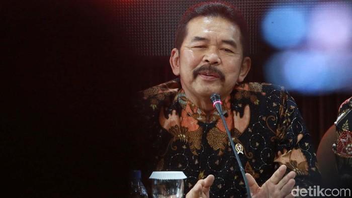 Kejaksaan Agung (Kejagung) menerima uang dari Kokos Jiang alias Kokos Leo Lim sebanyak Rp 477 miliar yang didapat dari hasil korupsi. Begini penampakannya.