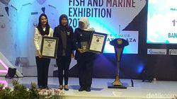 11.021 Bandeng Presto di Surabaya Pecahkan Rekor MURI