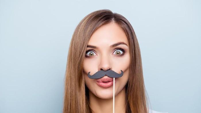 Ilustrasi kumis wanita. Foto: iStock