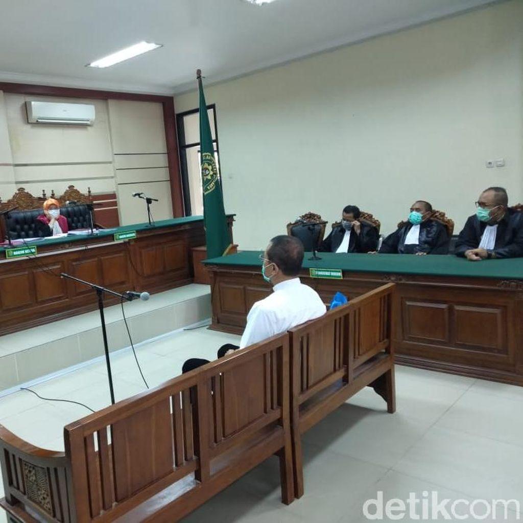 Hakim Tolak Eksepsi Bos Media di Surabaya, Sidang Korupsi Rp 7,3 M Lanjut