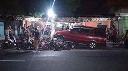 Sopir Ngantuk, MPV Tabrak 10 Motor Terparkir Pinggir Jalan di Blitar