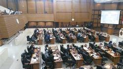 Ssst... Segini Penghasilan Pimpinan-Anggota DRPD Jabar