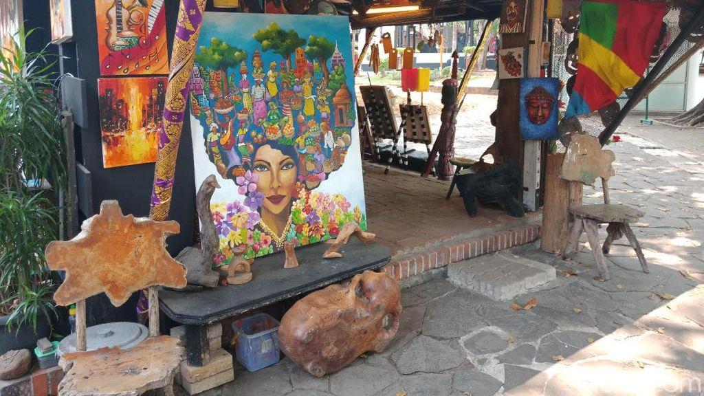 Curhatan Seniman di Pasar Seni Ancol