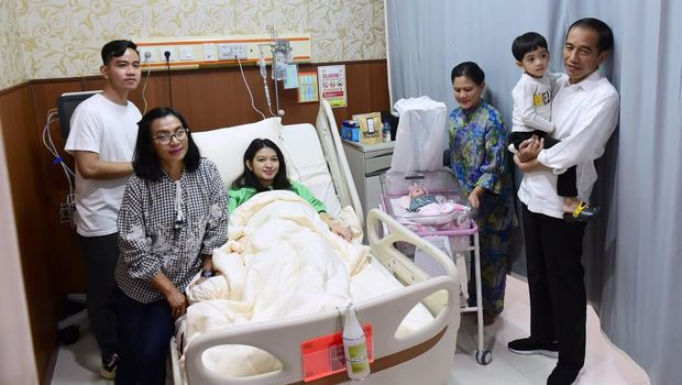 Kata Ayu Dewi soal Jokowi Dikaruniai Cucu ke-3 La Lembah Manah