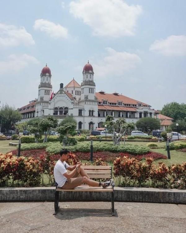 Lawang Sewu selesai dibangun pada tahun 1907 sehingga hingga kini sudah berusia 100 tahun lebih. (eko_tarnando/dTraveler)