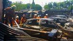 Potret Kebakaran yang Hanguskan 10 Mobil