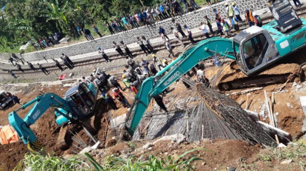 Dirjen Perkeretaapian Hentikan Sementara Proyek Double Track Bogor-Sukabumi