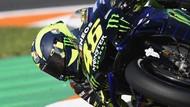 Dua Kali Jatuh di Free Practice MotoGP Valencia, Rossi Kenapa?