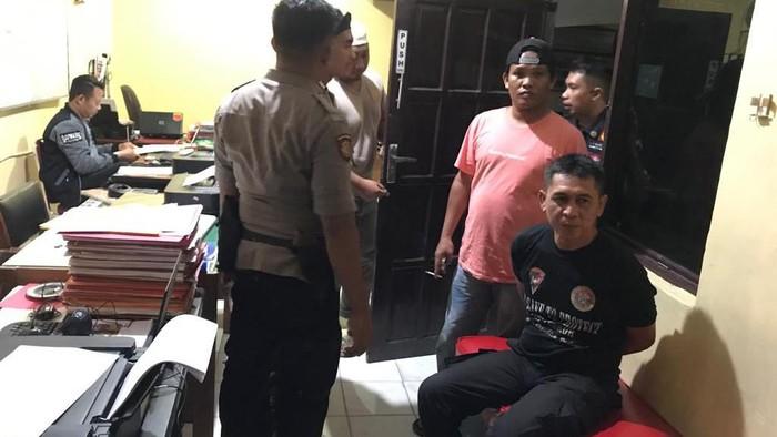 Polisi tangkap begal payudara di wilayah Pangkep, Sulsel. (Foto: Istimewa)