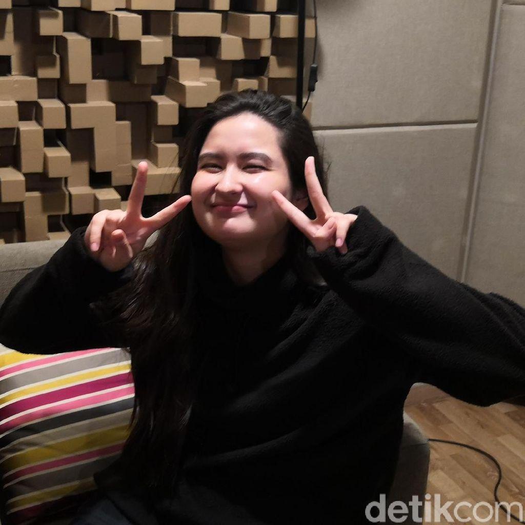 Stephanie Poetri Wujudkan Impian Sebagai Fans K-Pop