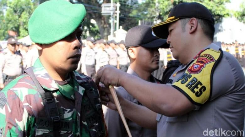 Ratusan Personel Gabungan Amankan Pilkades Serentak di Sukabumi