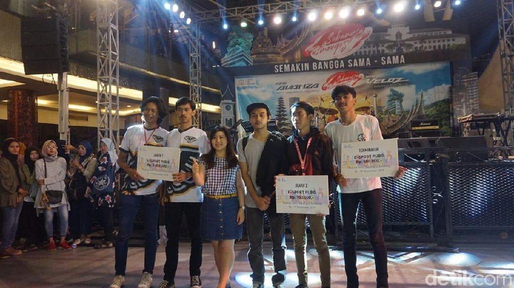 Serunya Ratusan Gamer Bertarung PUBG di Avanza-Veloz Sebangsa