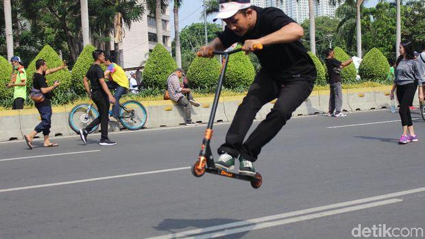 Asal dikendarai dengan aman, skuter sebenarnya sehat dan ramah lingkungan.