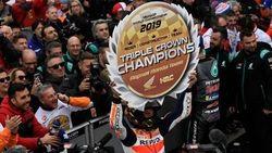 Marc Marquez Juara di Valencia, Repsol Honda Raih Triple Crown