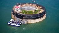 Benteng Militer di Tengah Laut Disulap Jadi Hotel Mewah