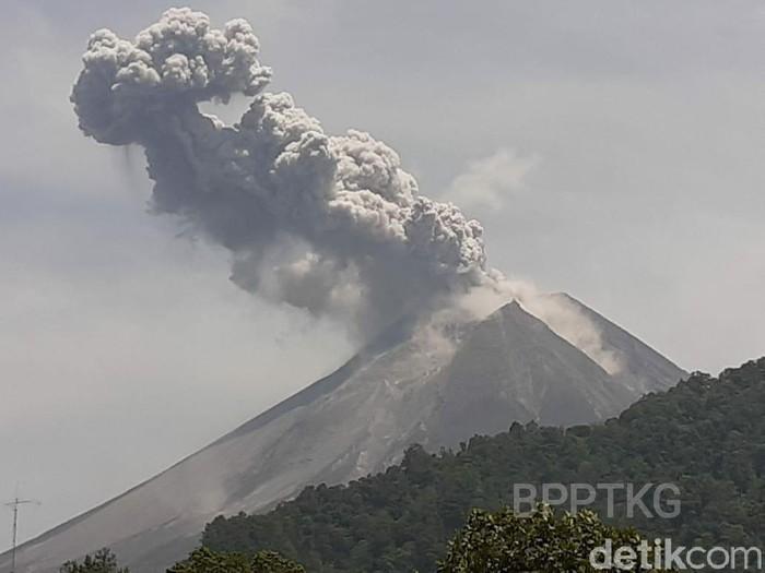Gunung Merapi meletus. Foto: Dok BPPTKG
