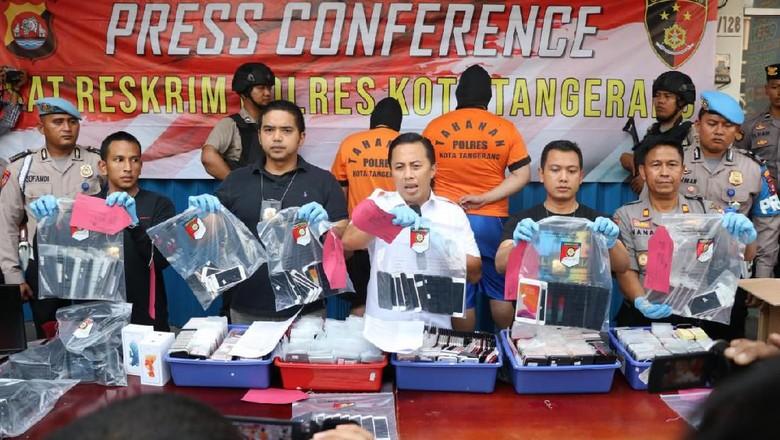 Polresta Tangerang Sita 1.697 iPhone Rekondisi Asal Singapura