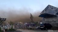 Tempat Wisata di Kota Batu Ditutup Dampak Angin Kencang Bercampur Debu
