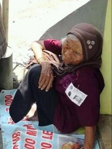 Kakek 80 Tahun Ini Jualan Susu Kedelai Meski Sakit Stroke