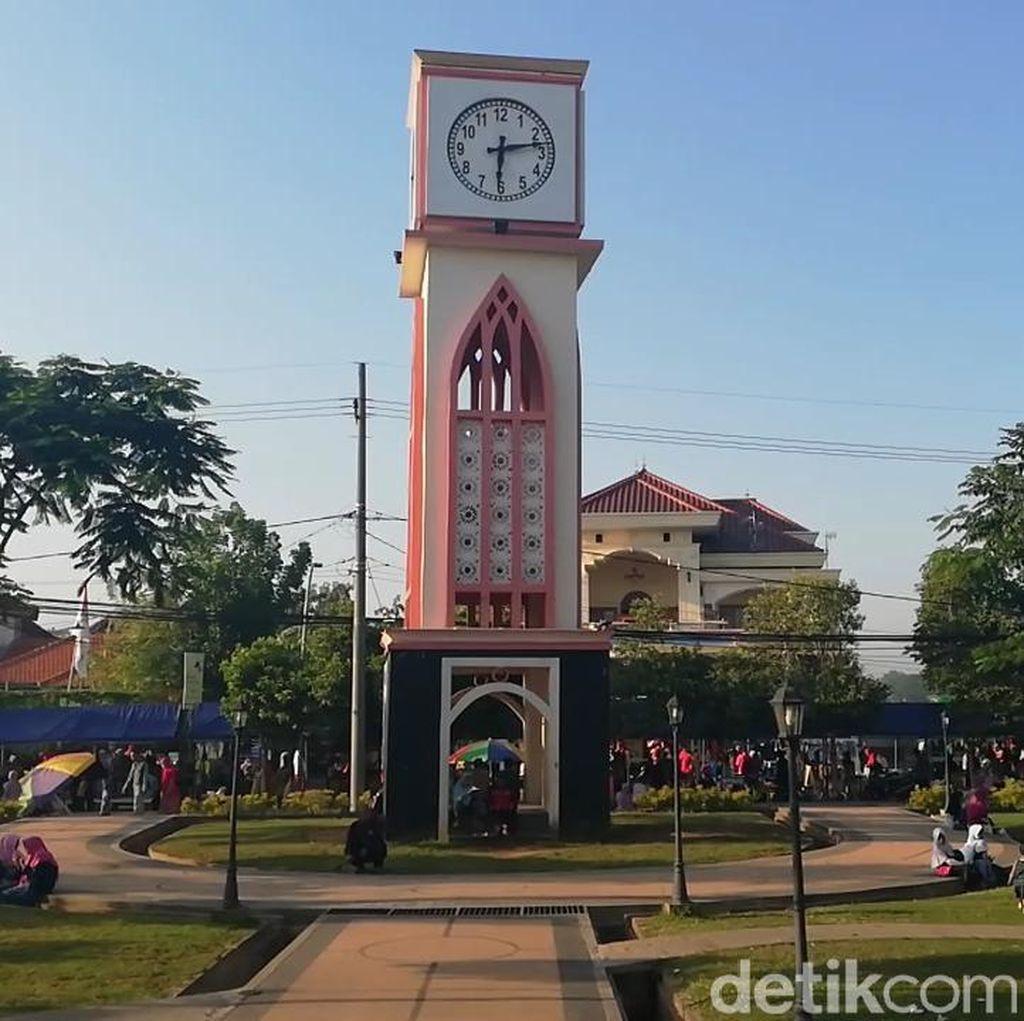 Muda-mudi Bercumbu di Taman GOR Pasuruan, Begini Kerisihan Pengunjung